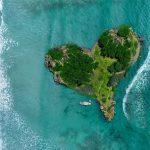 Urlaub Südseeinsel in Herzform